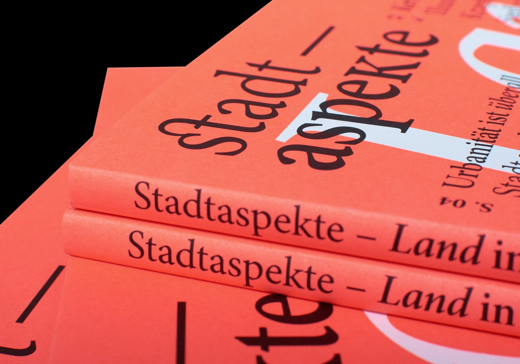 A detail shot of the cover of the 2nd special issue of Stadtaspekte